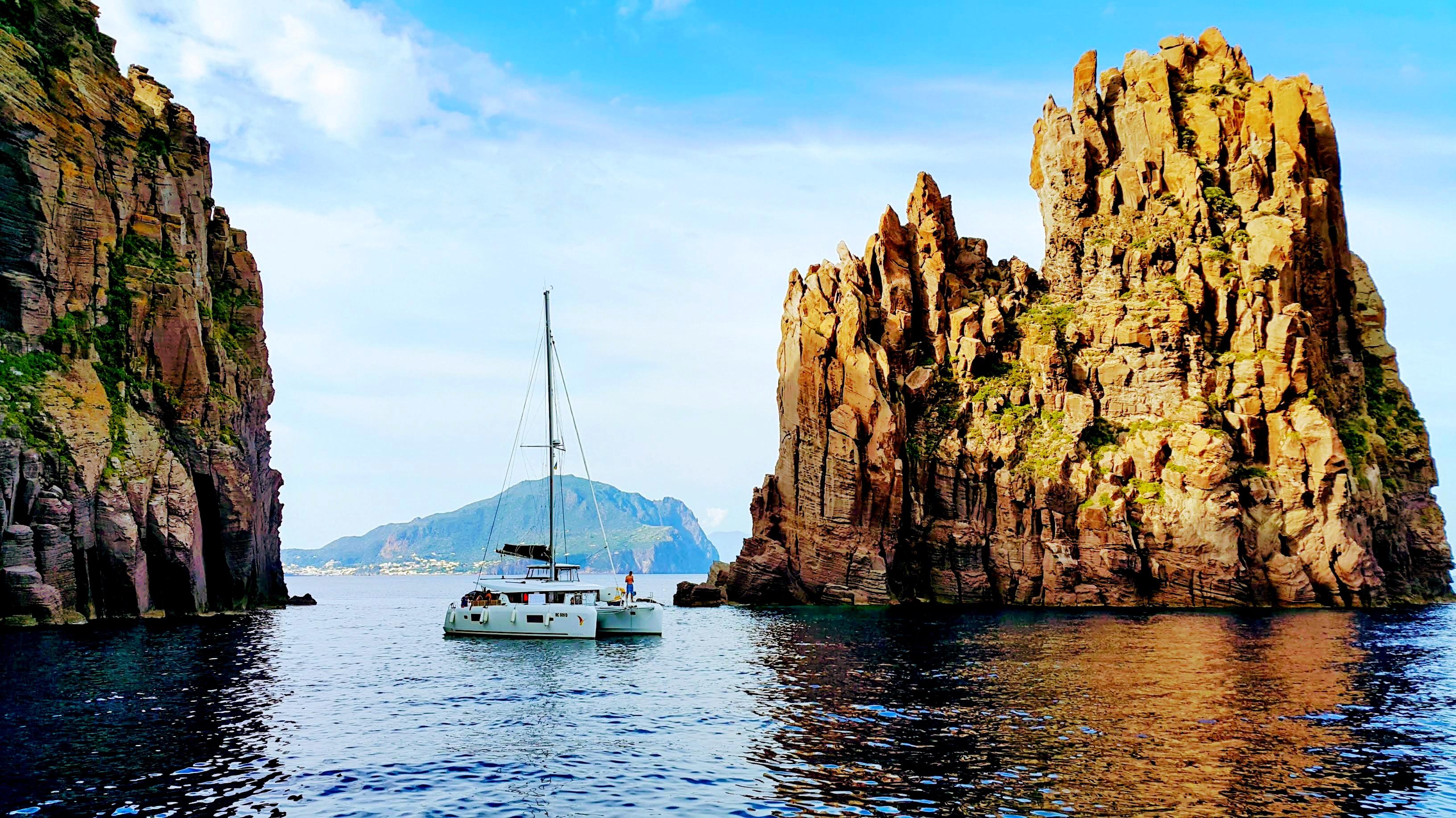 Италия.Острова Липари. Царство вулканов.