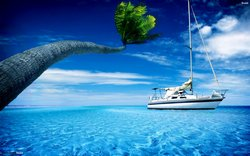 250_b_yacht-in-the-blue-sea
