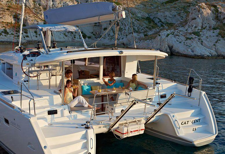catamaran-lagoon400-lagoon-400-pic1-w_cr